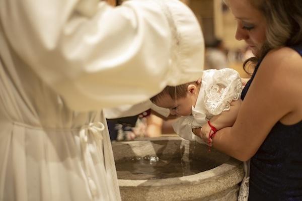 64081417d Si se acerca el día del bautizo de tu niña y estás pensando en cuál será la  mejor opción