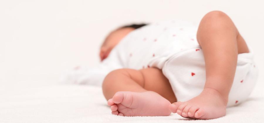 Cómo elegir vestidos de ceremonia para bebés
