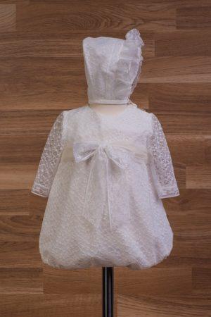Pelele de bautizo de tul con encajes y capota