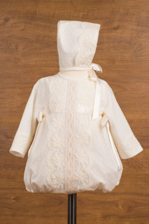 Pelele de manga larga en tul con topos y encajes
